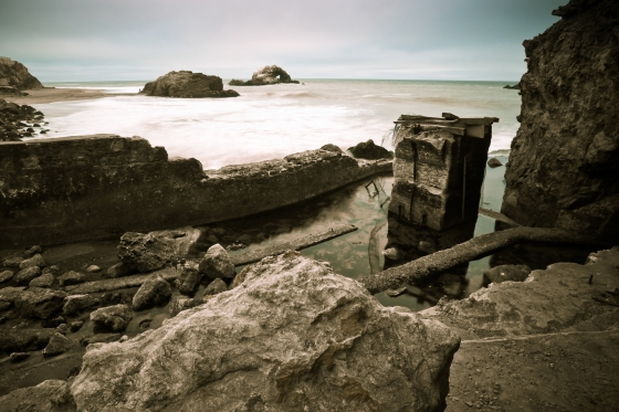 Taste of Sutro bath ruins fading into the Pacific Ocean