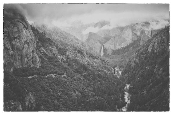 Into Yosemite Valley - lowcon BW small