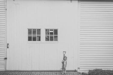 Kaya - Maine farmhand BW-sml